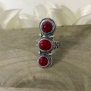 3/25: 9.75 Red Southwestern Style Ring 3 Stones